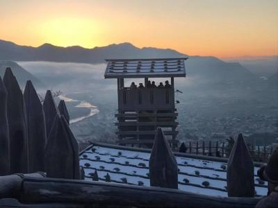 初日の出2019年、荒砥城から。First sunrise of 2019, from Arato-jo Castle.